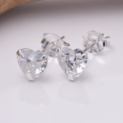 S239 - 925 Silver Heart CZ 6mm Stud Earring