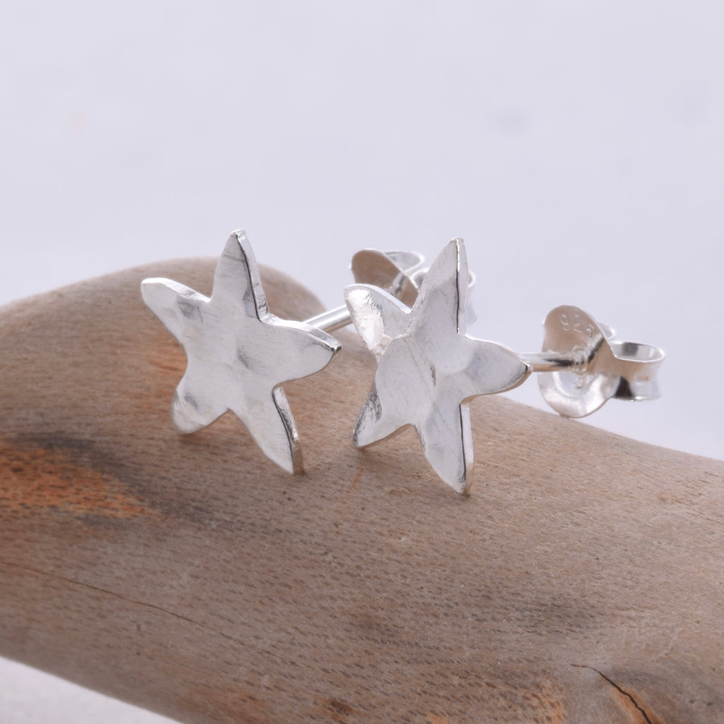 S414 - Hammered Star stud earrings