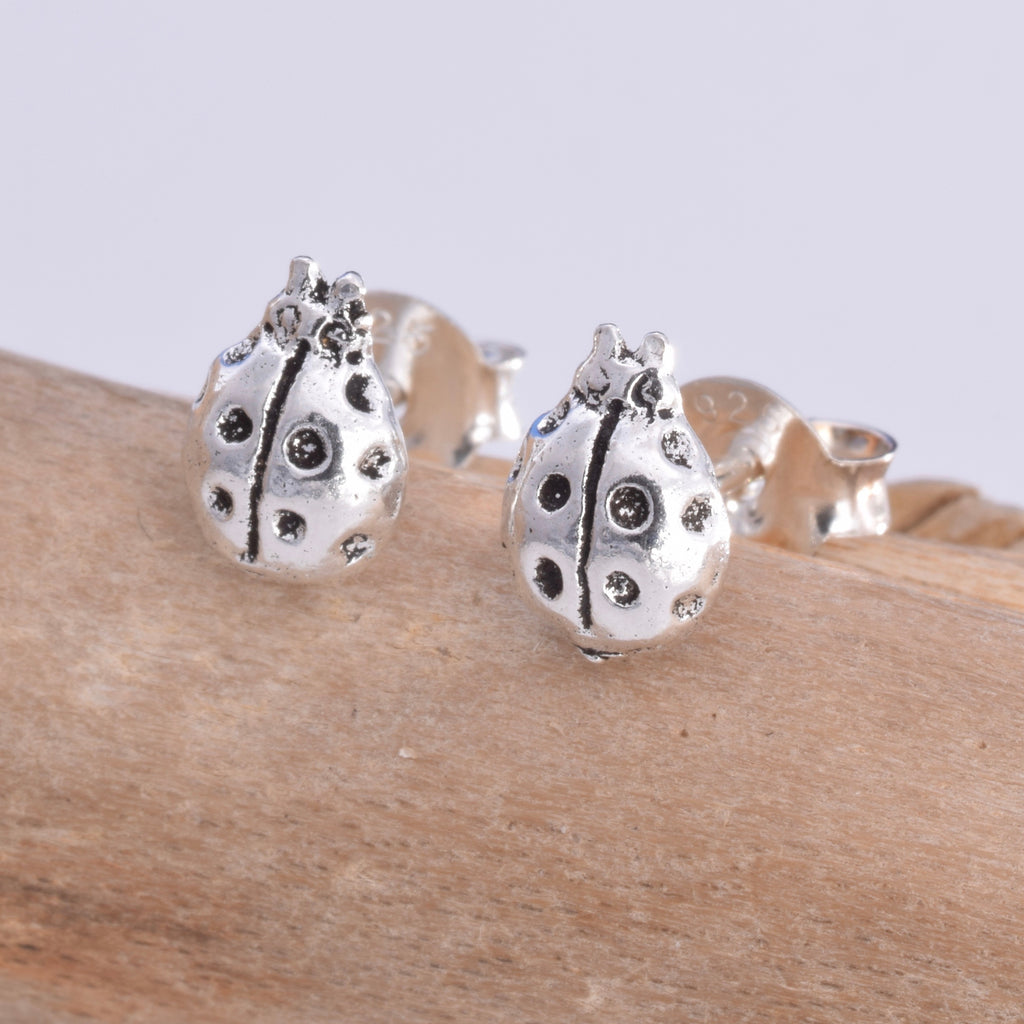 S530 - Ladybird silver stud earrings