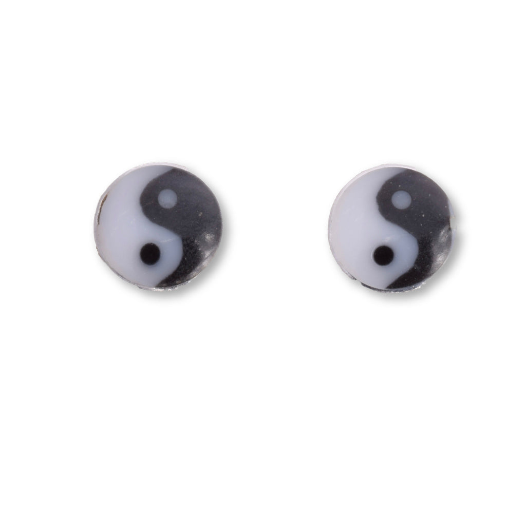 S541 - 5mm Silver ying yang stud earrings