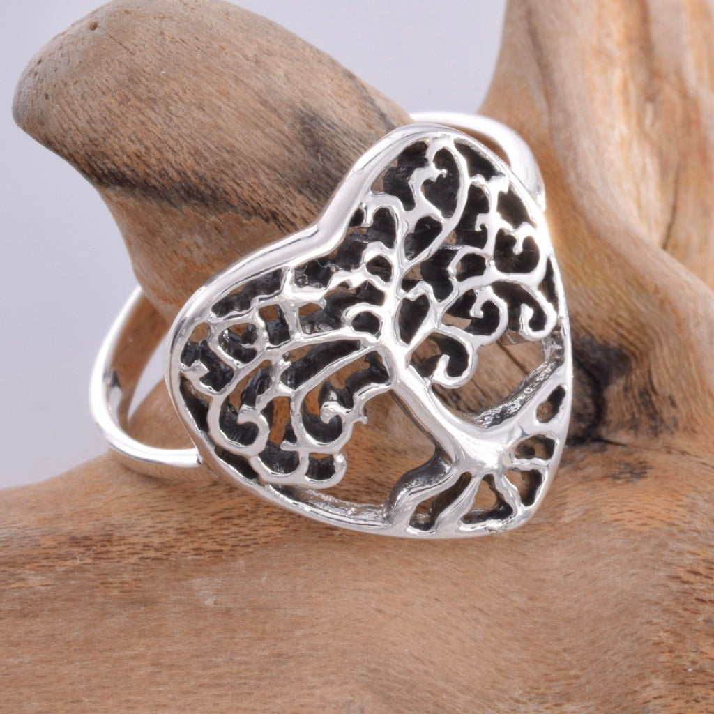 R159 - Silver Tree of life heart ring