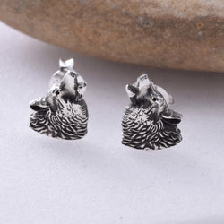 S307- Howling Wolf Studs