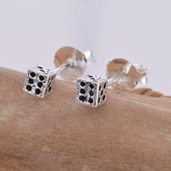 S577 - Dice stud earrings