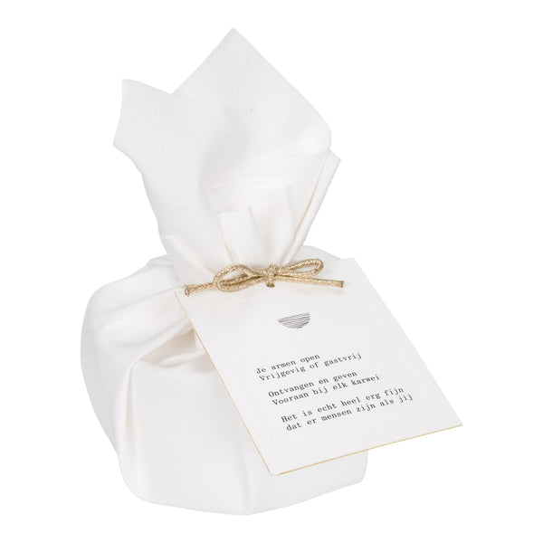 Big Giftwrapped Candle 'Moments of Gratitude'