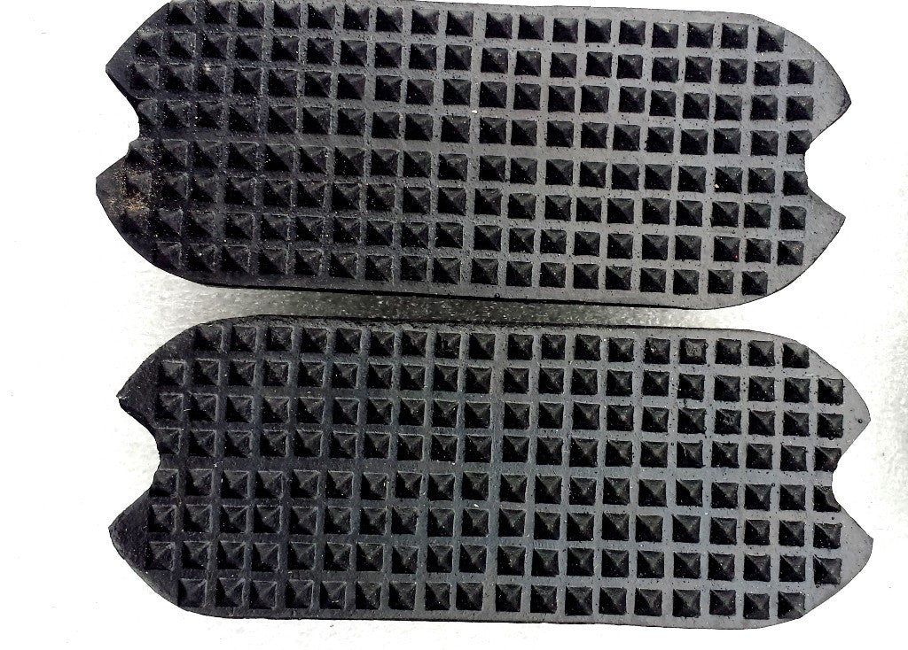 RUBBER TREADS BLACK