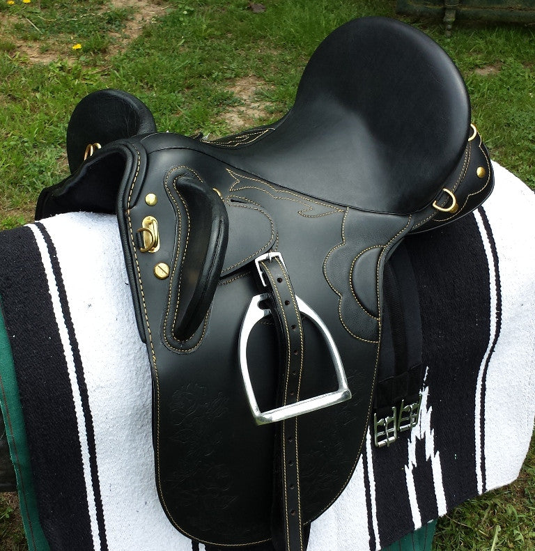 Stock saddle Black leather all sizes