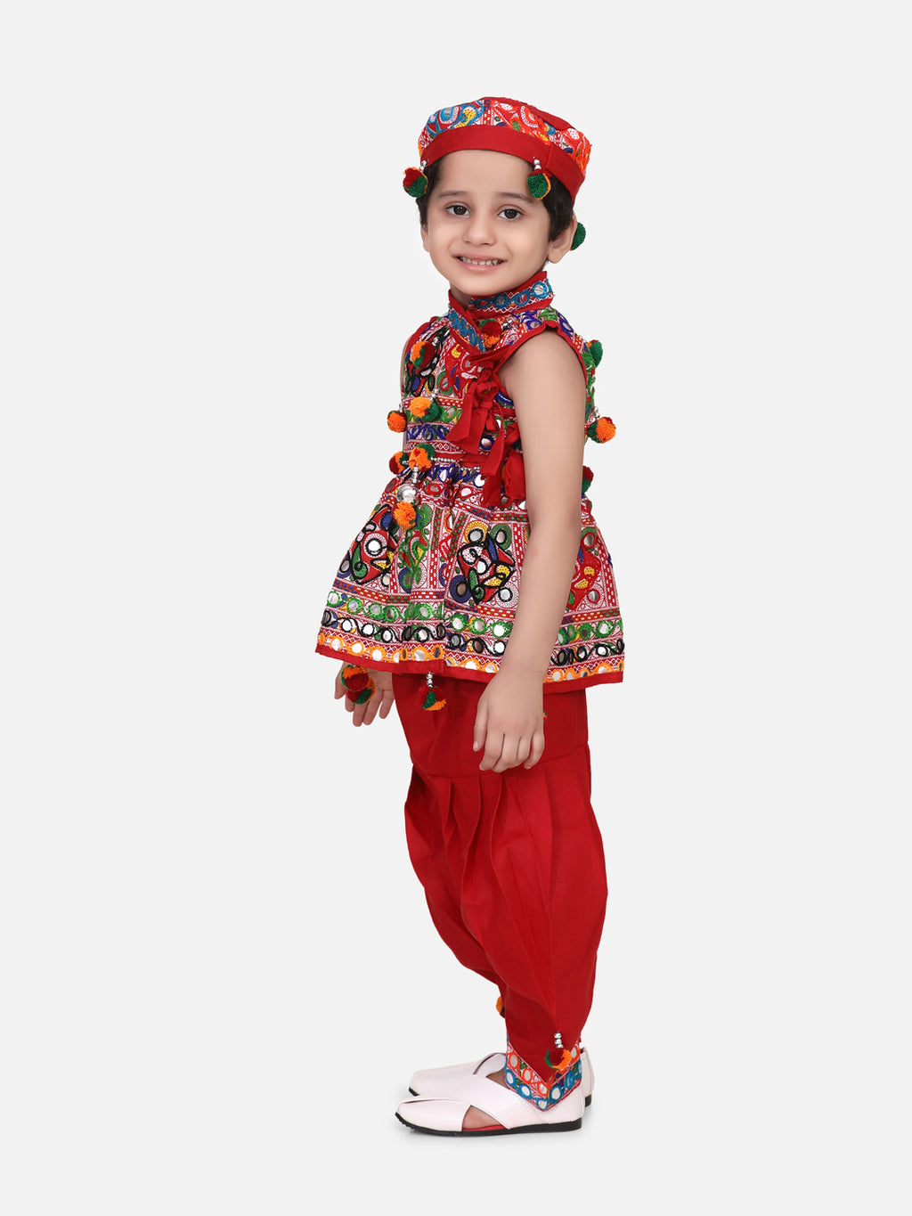 Sleeveless Mirror work kedia dhoti set - Red