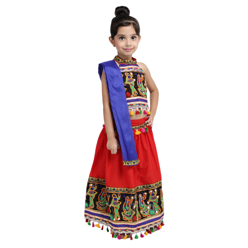 Black Dandiya Border Plain Chaniya Choli-Red - BownBee - Creating Special Moments