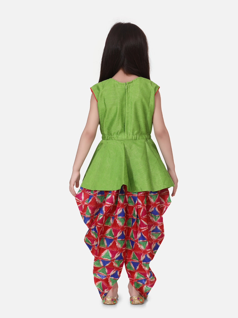 Triangle Print Patch Peplum Sleeveless Kurta & Dhoti Set-Green