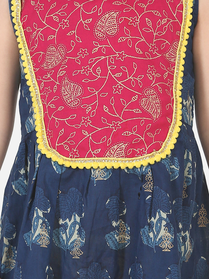 Round Patch Cotton Sleeveless Frock-Blue