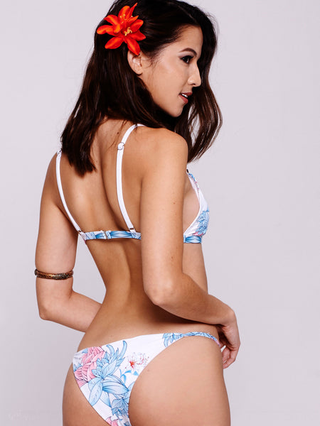 TILLY Triangle in Floral White