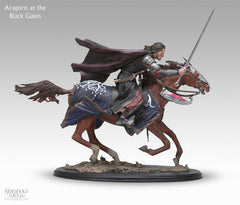 Aragorn at the Black Gates - LotR Polystone Statue