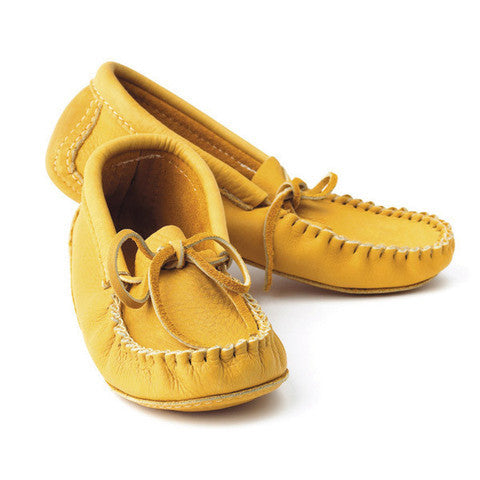Classic Handlaced Leather Moccasin (Elk Tan)