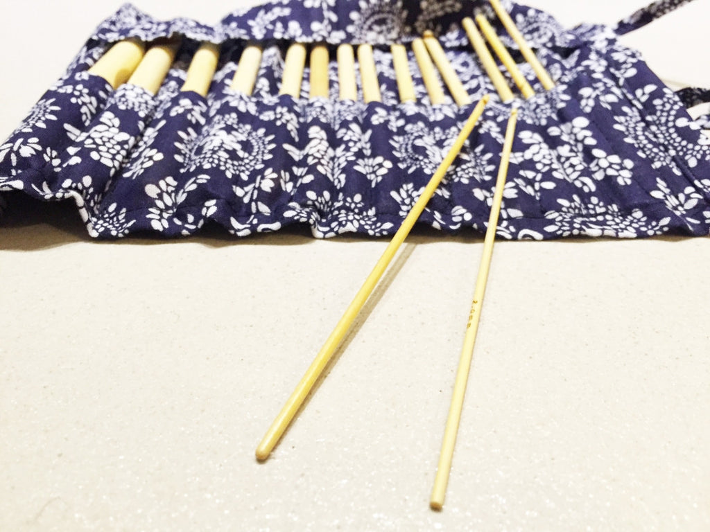 "16 pieces of Bamboo Crochet Hooks 15cm/6"" with Case (2mm - 12mm Needle Set) - for Knitting"