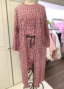 Copy of Floral Bouquet Robe in Pink