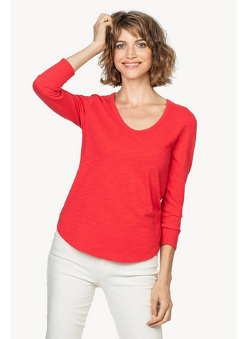 3/4 Sleeve Scoop Neck Top in Salsa