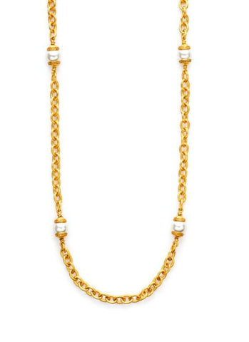 Medici Pearl Necklace