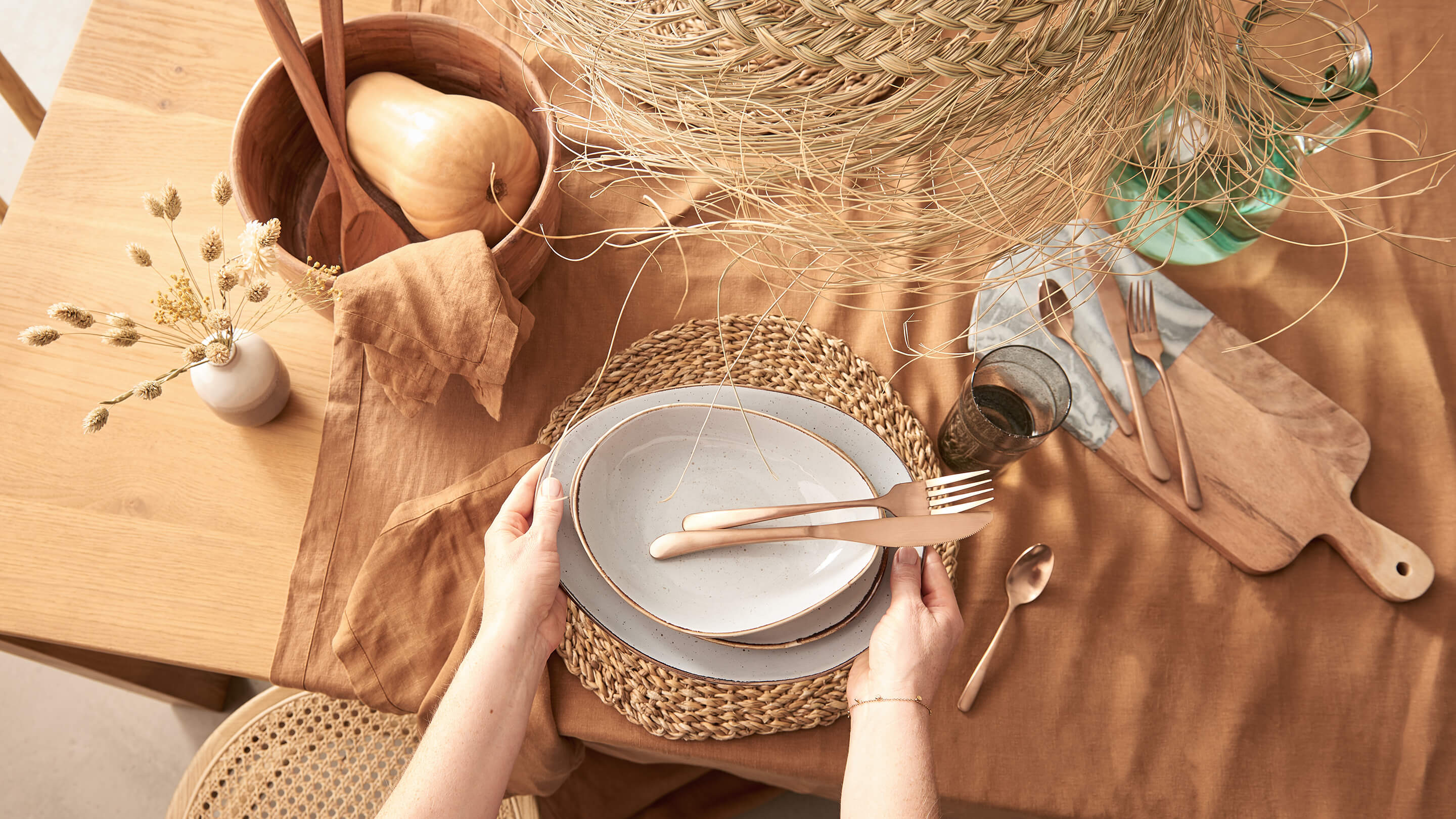 Tafel im Natural Dining-Style