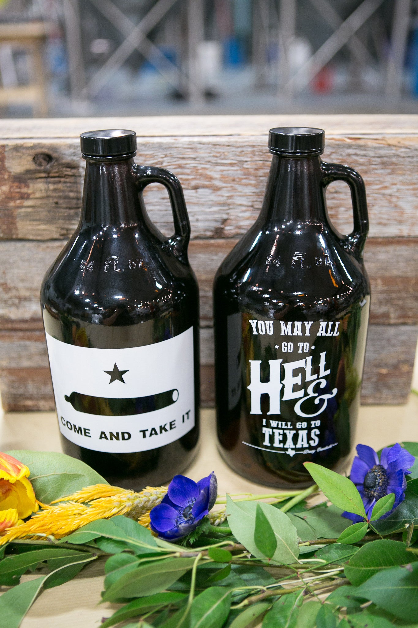 64 oz. Davy Crockett Growler - Haüs Of Growlers