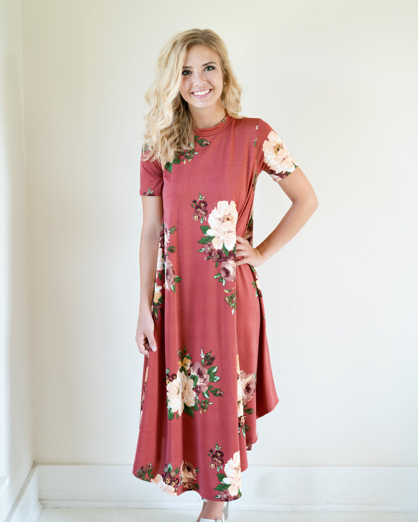 Lauryn Flowing Floral Dress