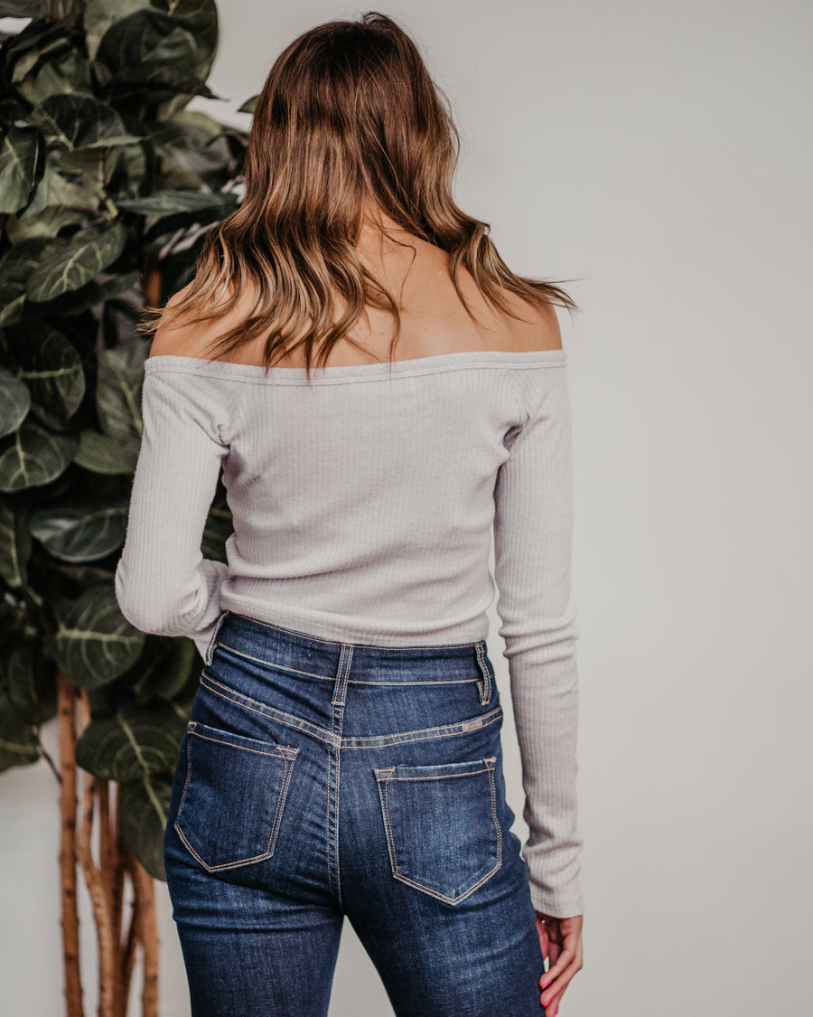 Daisy Cropped Button Top