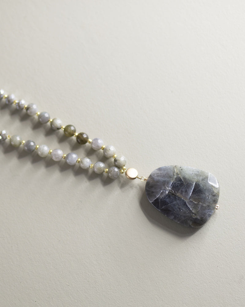 Stone Pendant Necklace-Gray