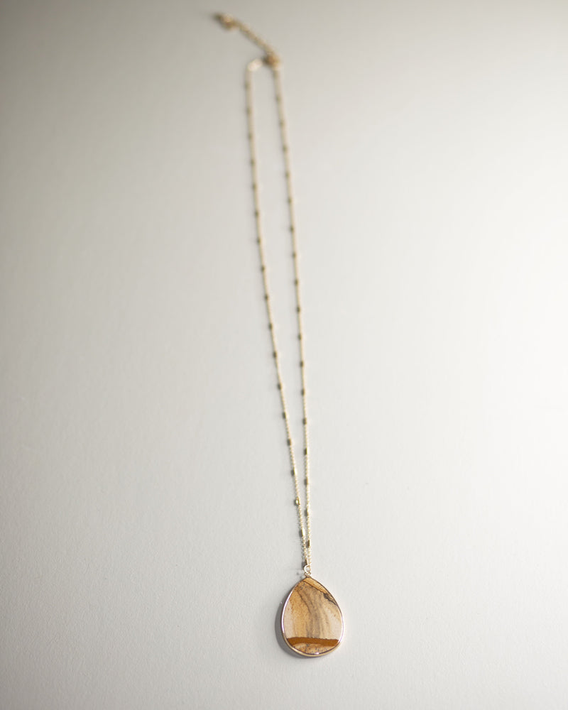 Teardrop Pendant Necklace-Ivory