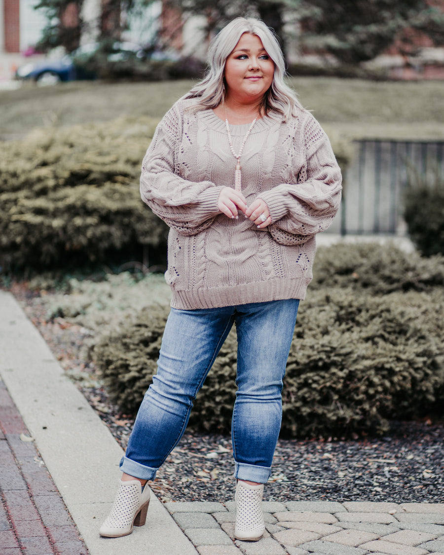 Camryn Cable Knit Sweater - Mocha