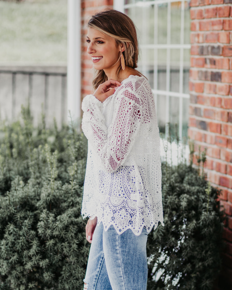 Kendra Lace Sleeved Top