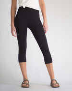 Basic Black Capri Leggings