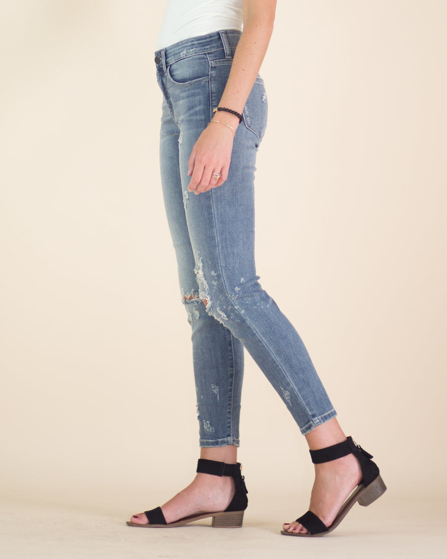 Relaxed Fit Acid Wash Jean