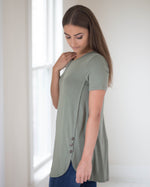 Cecilia Side Button Tee | Rose & Remington