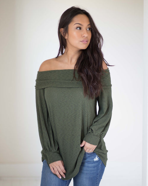 bcd44164746ea7 Asher Off The Shoulder Top