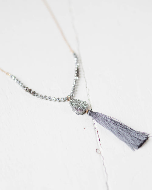 Metallic Stone Silver Necklace | Rose & Remington
