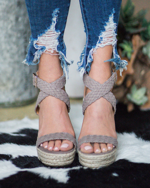 Bailey Braided Wedges | Rose & Remington