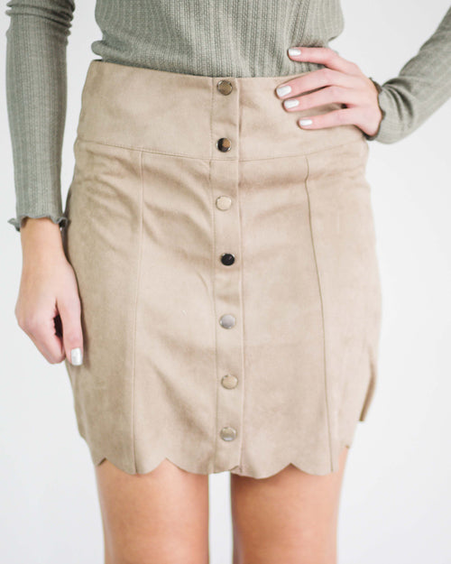Quinn Scallop Trim Skirt