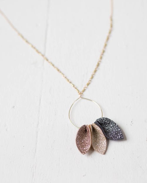Mixed Tone Petal Necklace | Rose & Remington