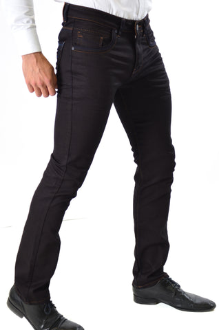 Denims Pants to Depict Real Style Added with Extra Smartness
