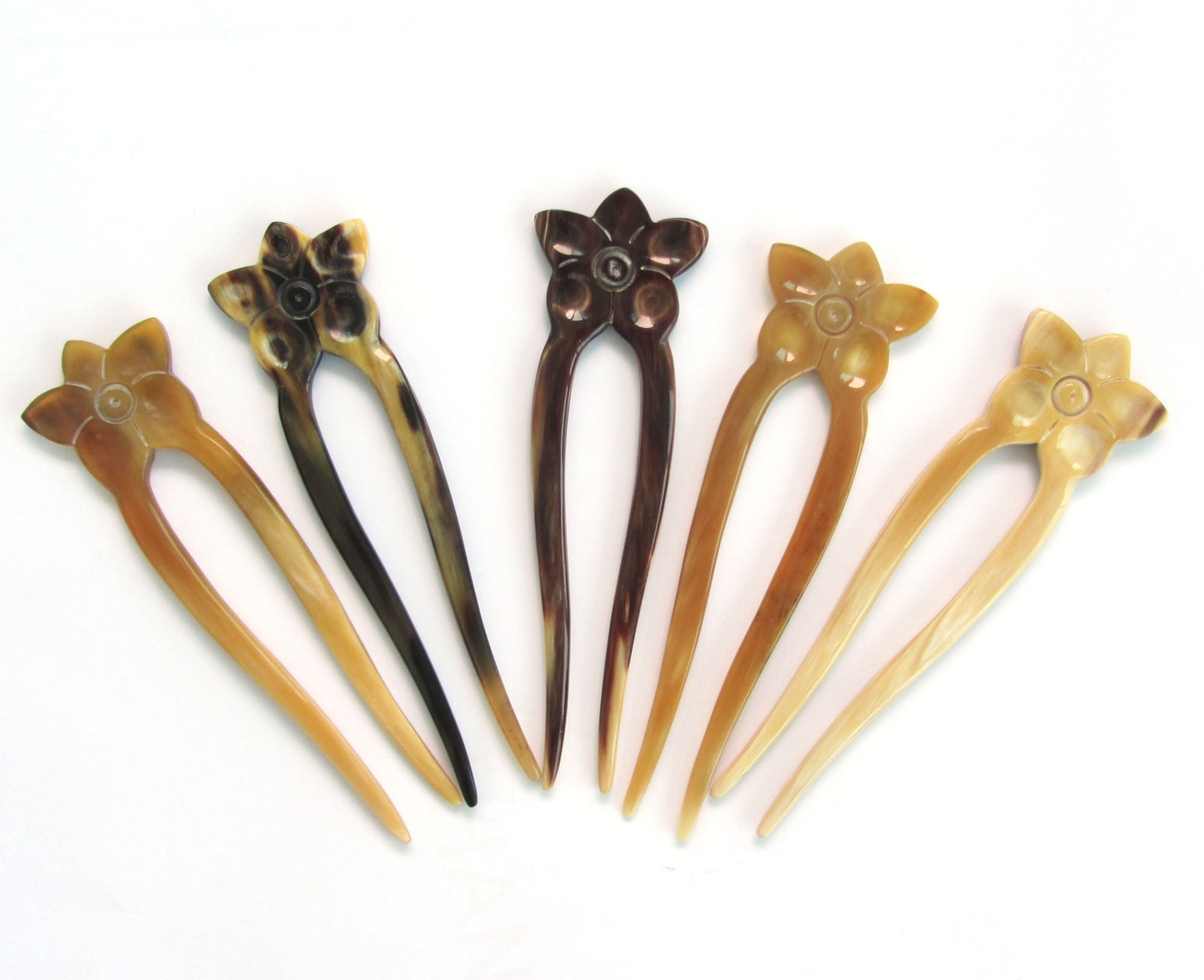 Natural Light Color Buffalo Horn Flower Hair Fork