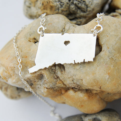 Connecticut map state love heart Necklace, Customized Necklace