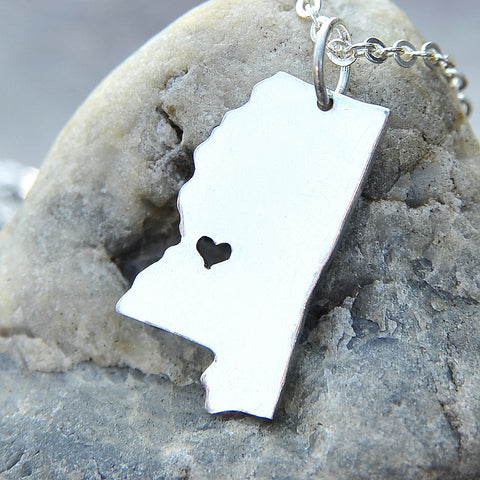 Mississippi map state love heart Necklace, Customized Personalized Necklace