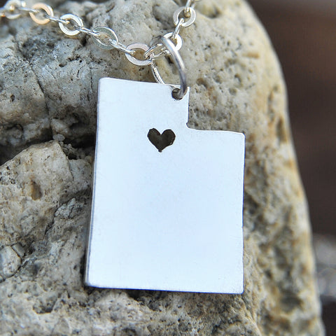 Utah map state love heart Necklace, Customized Personalized Necklace