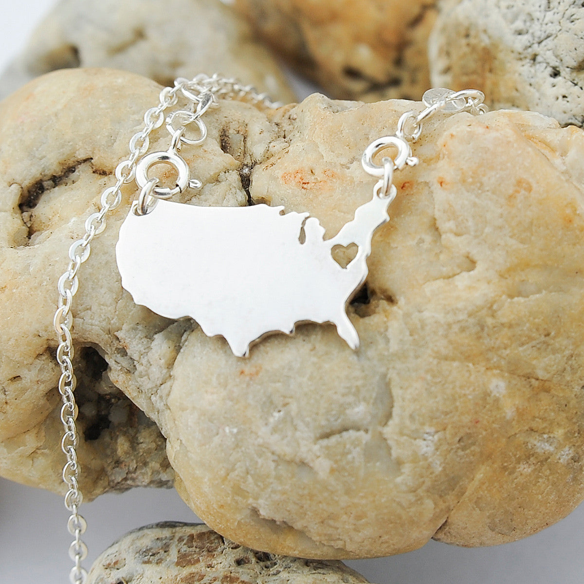 United States map country love heart Necklace, Customized Necklace