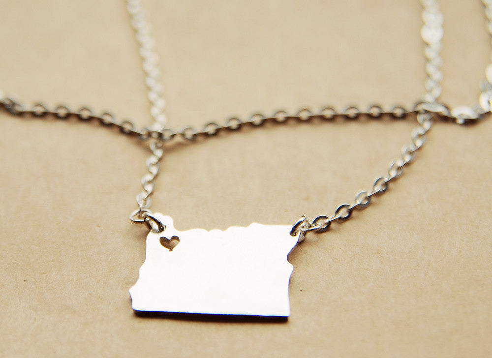 Oregon map state love heart Necklace, Customized Personalized Necklace