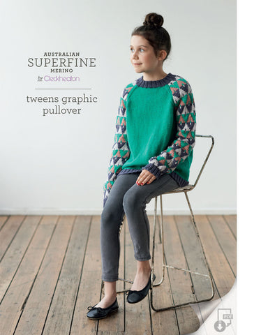 408 Tweens Graphic Pullover