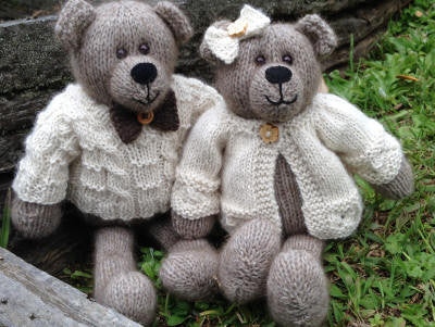 Cameron James Designs - Winston and Clementine Bears