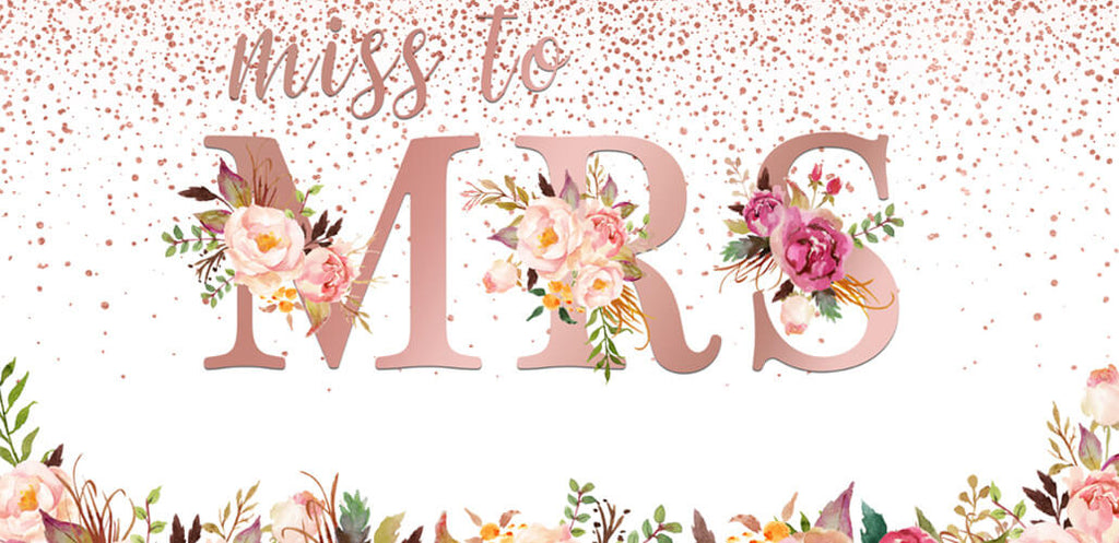 Create your summer garden wedding party with plant backdrop