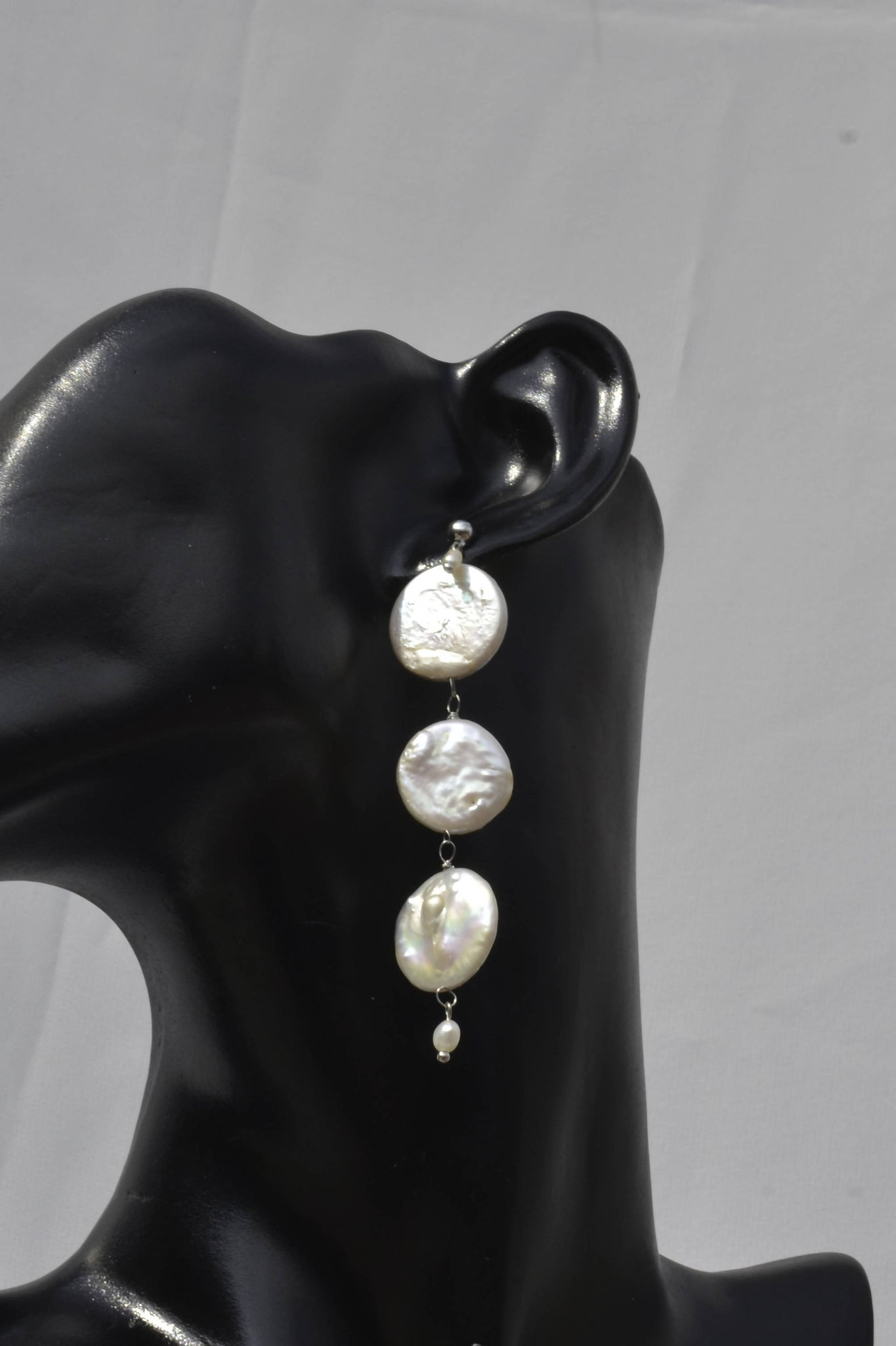 Coin pearl smart design earring