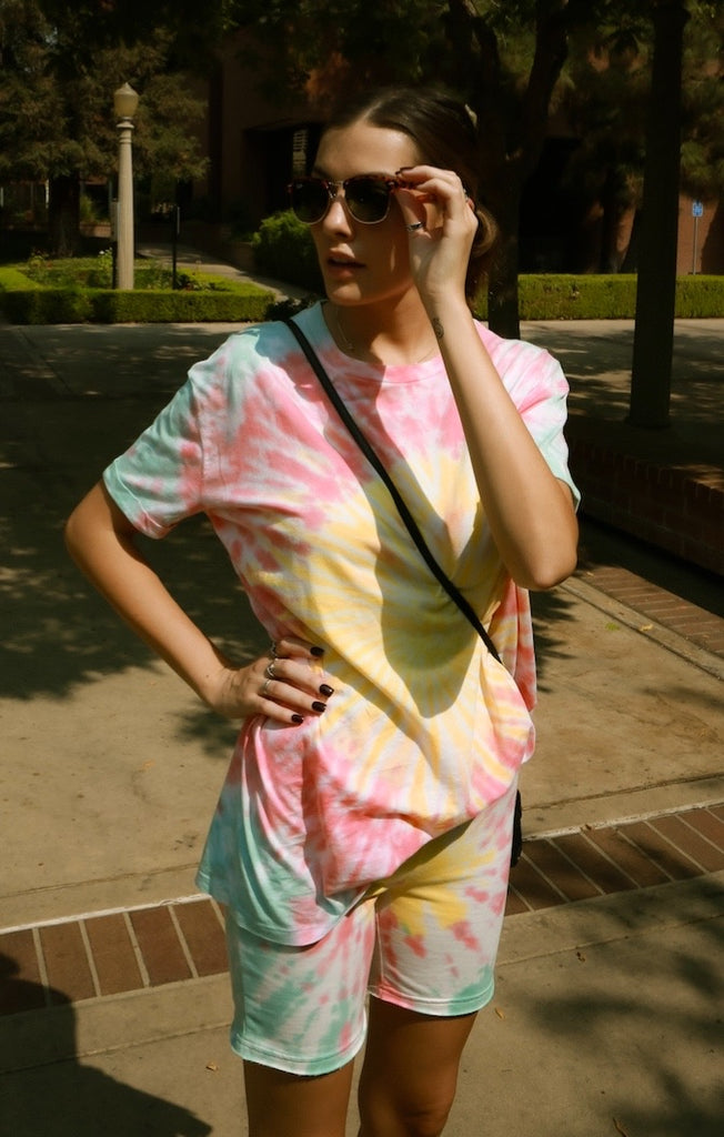 Oversized Tee - Neon Dye by The Laundry Room