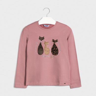 rose long sleeved tee shirt 7071 Long sleeved t-shirt for girl aged 8 to 16 years. Round neckline. Made from soft elasticated cotton fabric. Decorative elements: decorative applique, faux fur appliques, studs.